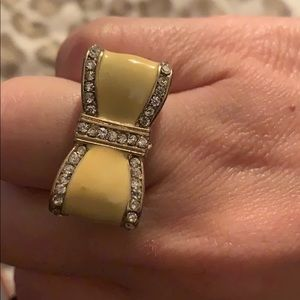 Yellow bow ring size 8